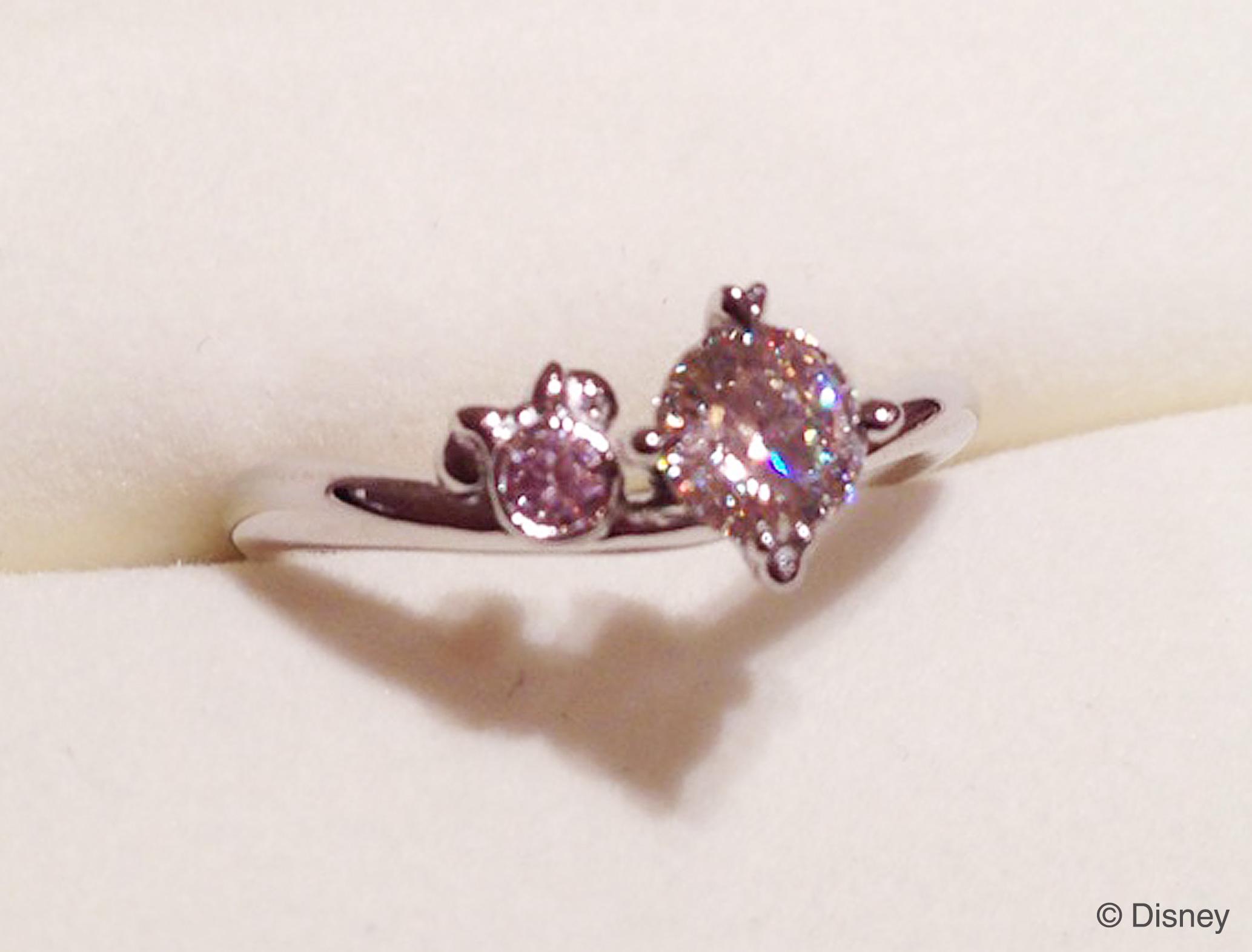 ピンクダイヤモンド寄り_ディズニー婚約指輪