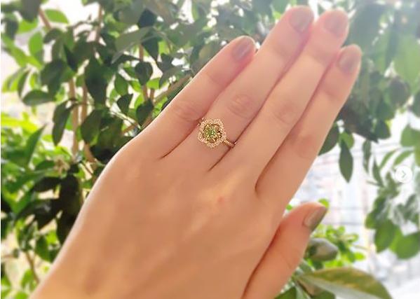 ペリドット_婚約指輪1