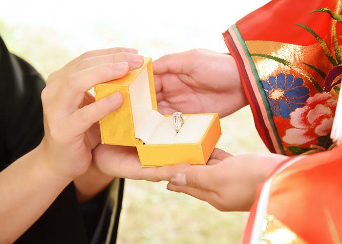 ラディアントカット婚約指輪2