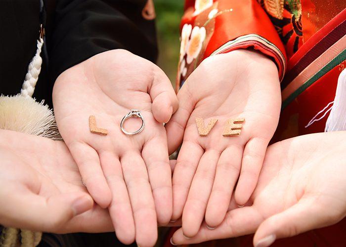 ラディアントカット婚約指輪3