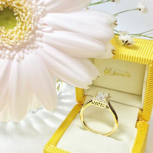婚約指輪ゴールド_プリンセスカット3
