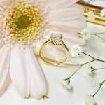 婚約指輪ゴールド_プリンセスカット1