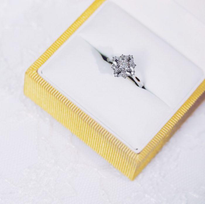 婚約指輪_変形ダイヤ1