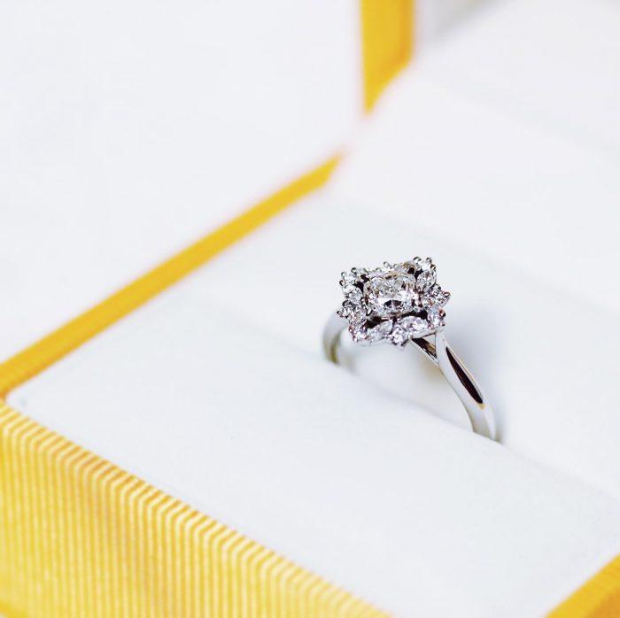 婚約指輪_変形ダイヤ2