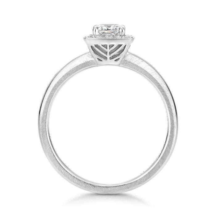 婚約指輪_オーダー_変形ダイヤ2