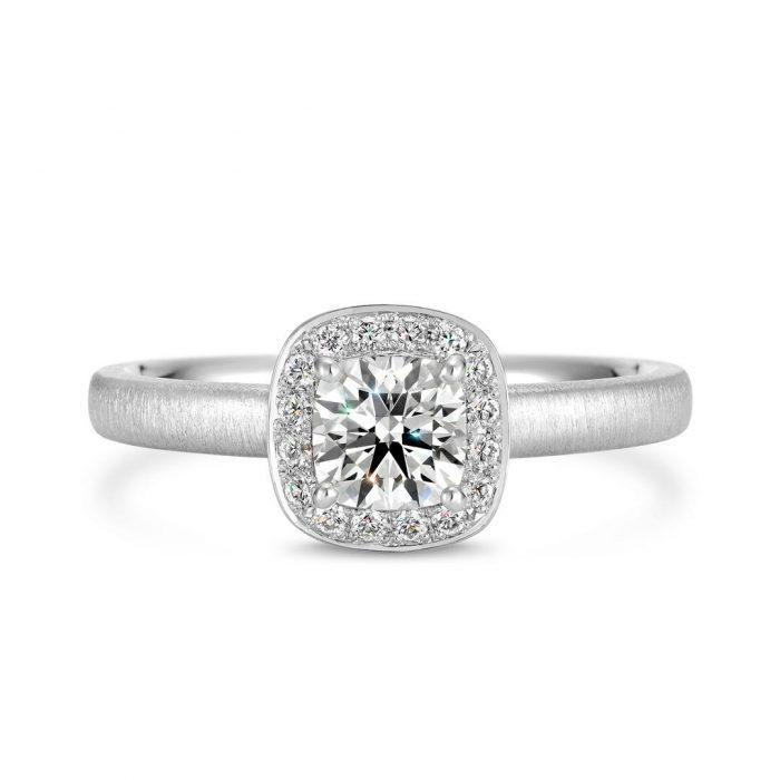 クワトロ婚約指輪2