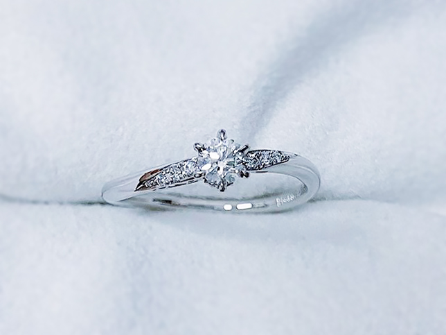 プロポーズの婚約指輪3
