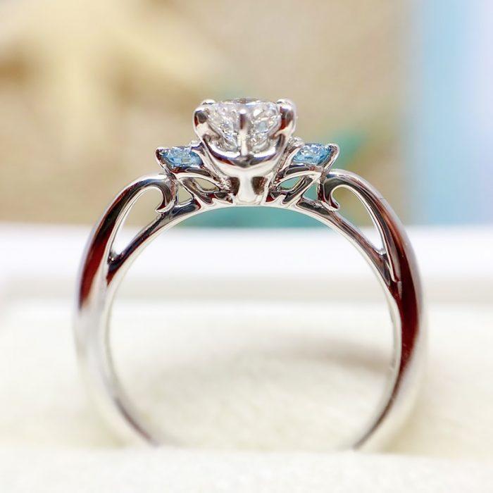 イルカモチーフの婚約指輪